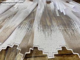 Függöny készre vart parkettas féher barna 400 cm szeles 160 cm magas