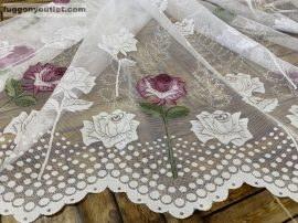 Függöny készre vart rózsaszal féher lila színű 400 cm szeles 180 cm magas