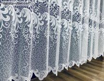 Függöny készre vart indasagg féher barna színű 500 cm szeles 180 cm magas