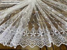 Készre vartt függöny aprovirag himzet féher színű 200 cm szeles 260 cm magas