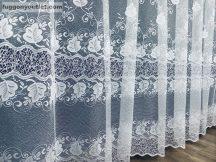 Készre vartt függöny 300cm szeles 155cm magas zsakard szölöleveles féher színű