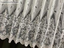 Készre vartt függöny regcsatos féher színű 300cm szeles 200cm magas