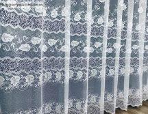 Függöny készre vart szölöleveles féher színű 400 cm szeles 250 cm magas
