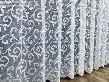 Készre vart függöny  jegesindas fehér színű  300cm szeles 155cm magas