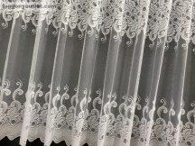 Készre vart függöny Vegtelenlevel fehér színű 300 cm szeles 180 cm magas