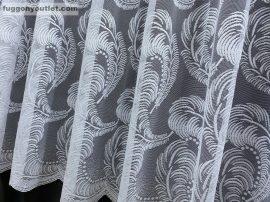Függöny készre vart tollas féher színű 400 cm szeles 250 cm magas
