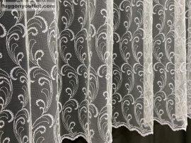 függöny kèszre vart indas himzet fehèr színű 400 cm szeles 200 cm magas