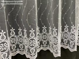 függöny kèszre vart barok himzet fehèr színű 400 cm szeles 200 cm magas