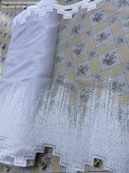 Vitrázs függöny méterben zsakard parkettas fehér színű 60 cm magas