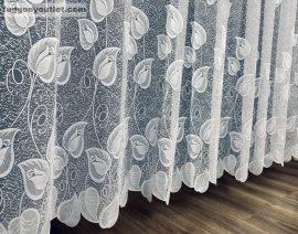 Készre vart függöny tulipanlevel fehér színű 500 cm szeles 200 cm magas