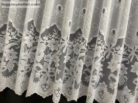 Függöny készre vart csatos fehér  színű 500 cm szeles 180 cm magas