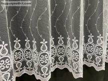 Függöny készre vart himzet keleti feher színű 400 cm szeles 180 cm magas