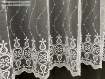 Függöny készre vart himzet keleti fehér  színű 500 cm szeles 180 cm magas