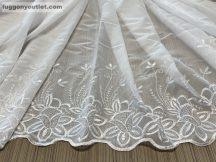 függöny készre vart (voal-himzet) fehér színű 300 cm szeles 180 cm magas