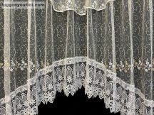 Csipkes kesz függöny panaromas himzet papatya fehèr vilagos barna  színű 350 cm szeles 145cm magas