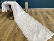 Készre vartt függöny Lyukacsos fehér színű 300 cm szeles 180 cm magas