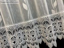 Csipkes kesz függöny (30 cm fehèr csipke) fehèr  szinü  300 cm szeles 175 cm magas
