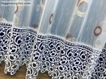 Csipkes kesz függöny (30 cm feher csipke)lennes voal fehèr alapon terra színű 400 cm szeles 160 cm magas