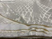 Kész sötétítő függöny rombusz selyem krem színű ( 2 db =140 cm széles 260 cm magas )
