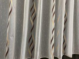 Készre vartt függöny 300cm szeles 160cm magas lenesvoile fehér alapon barna színű