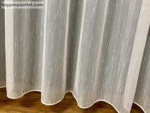 Függöny készre vart (Celensimakrem4 ) lennnes krem alapon krem színű 400 cm szeles 260 cm magas